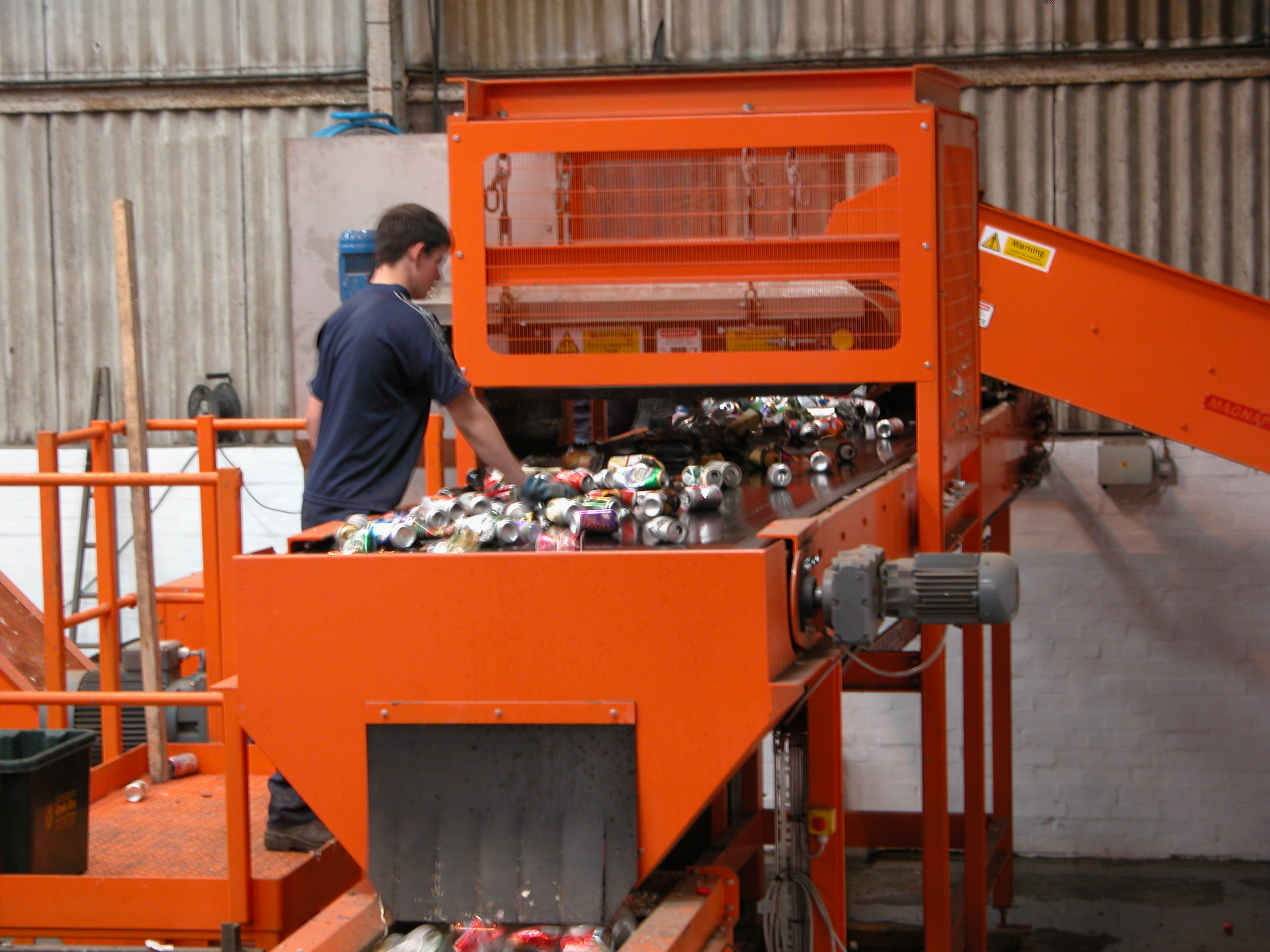 Can Separation plant hand picking after overband magnet