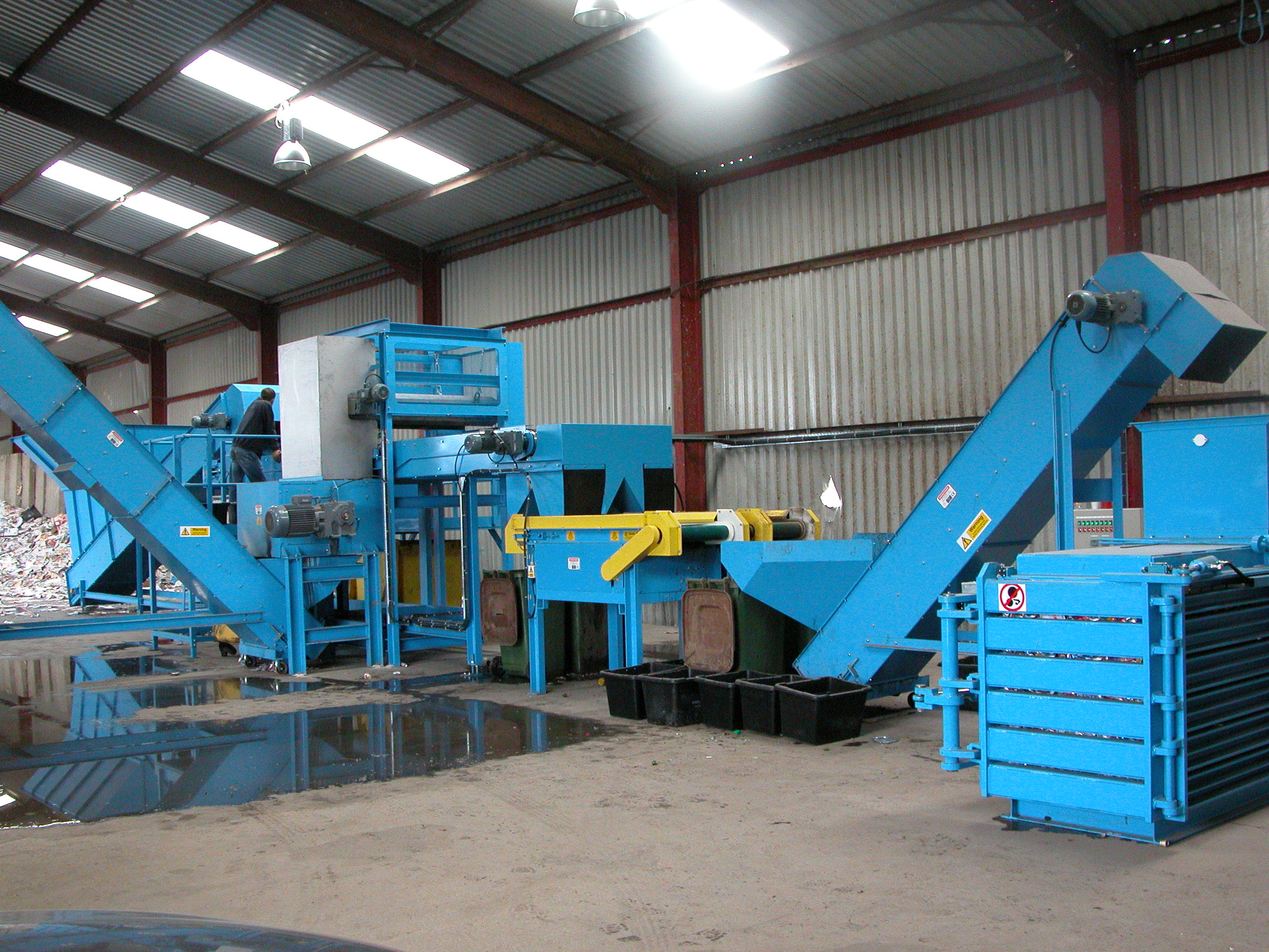 Can Separation plant with overband, ECS and balers