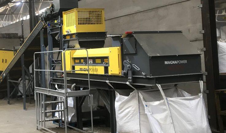 Fridge recycling equipment to sort fines aluminium from plastics