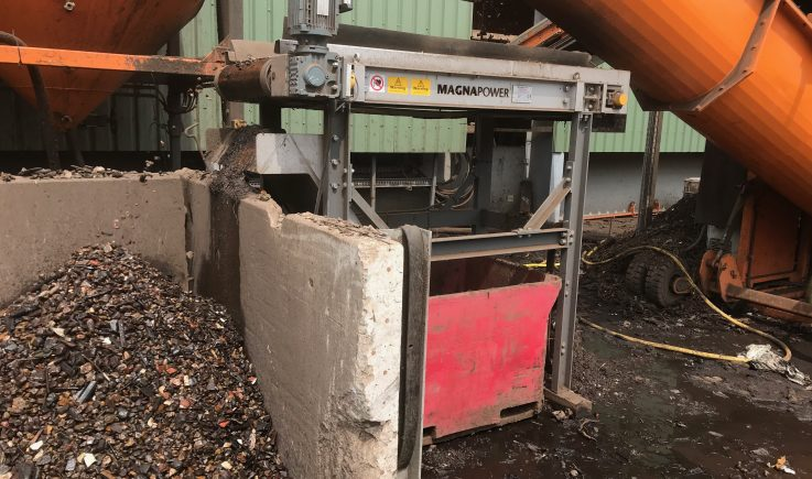 Magnetic head pulley sorting ferrous from stone