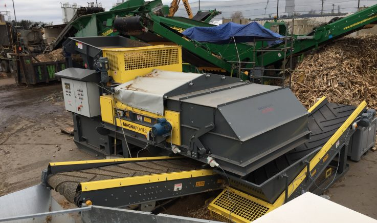 Mobile conveyors on skid base