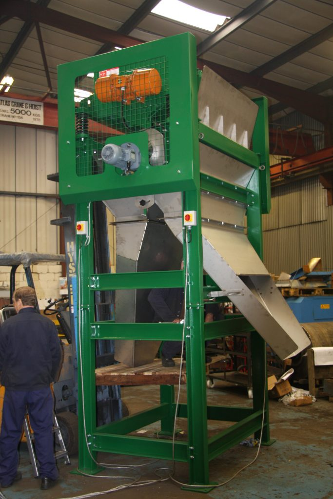 Clean Wire Separator for sorting clean wire from wire contaminated with rubber