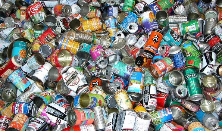 Clean steel cans sorted by Magnapower overband